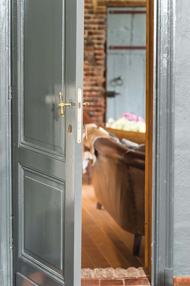 deur op kier authentieke vakantie woning vlaanderen