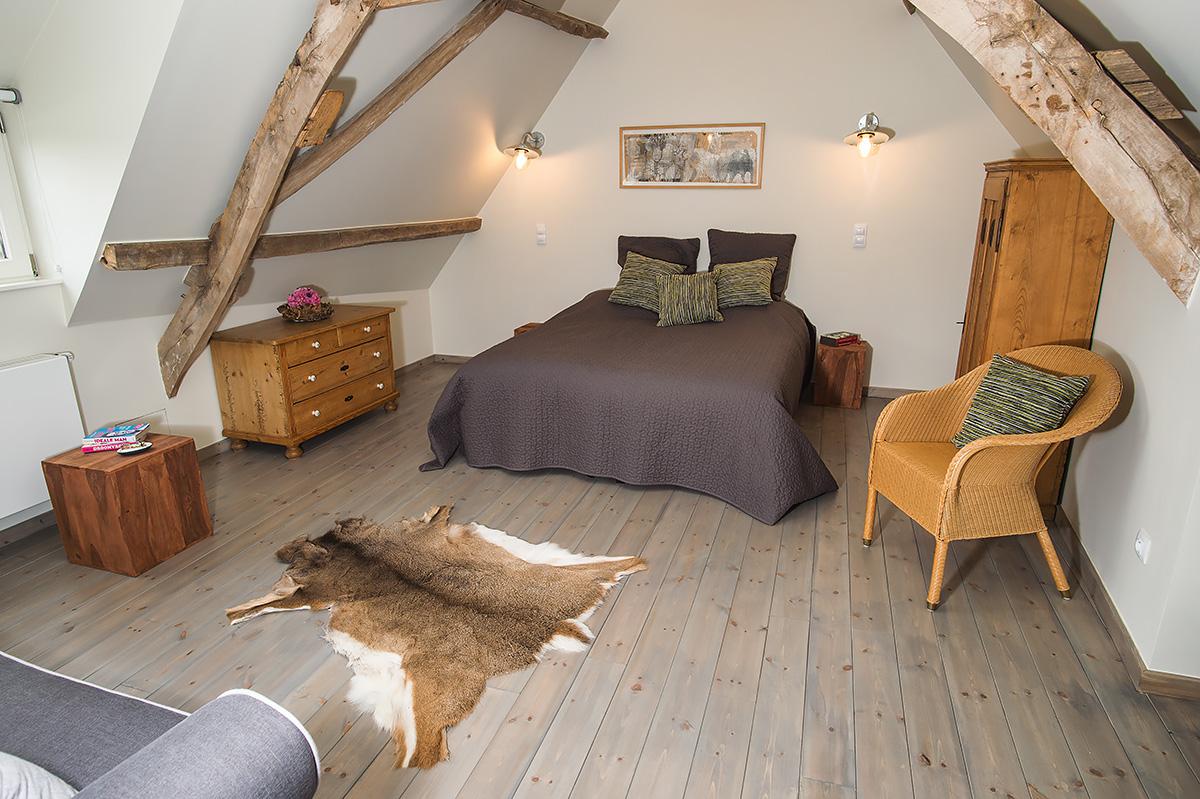 en-suite slaapkamer in vakantiewoning in de vlaamse ardennen