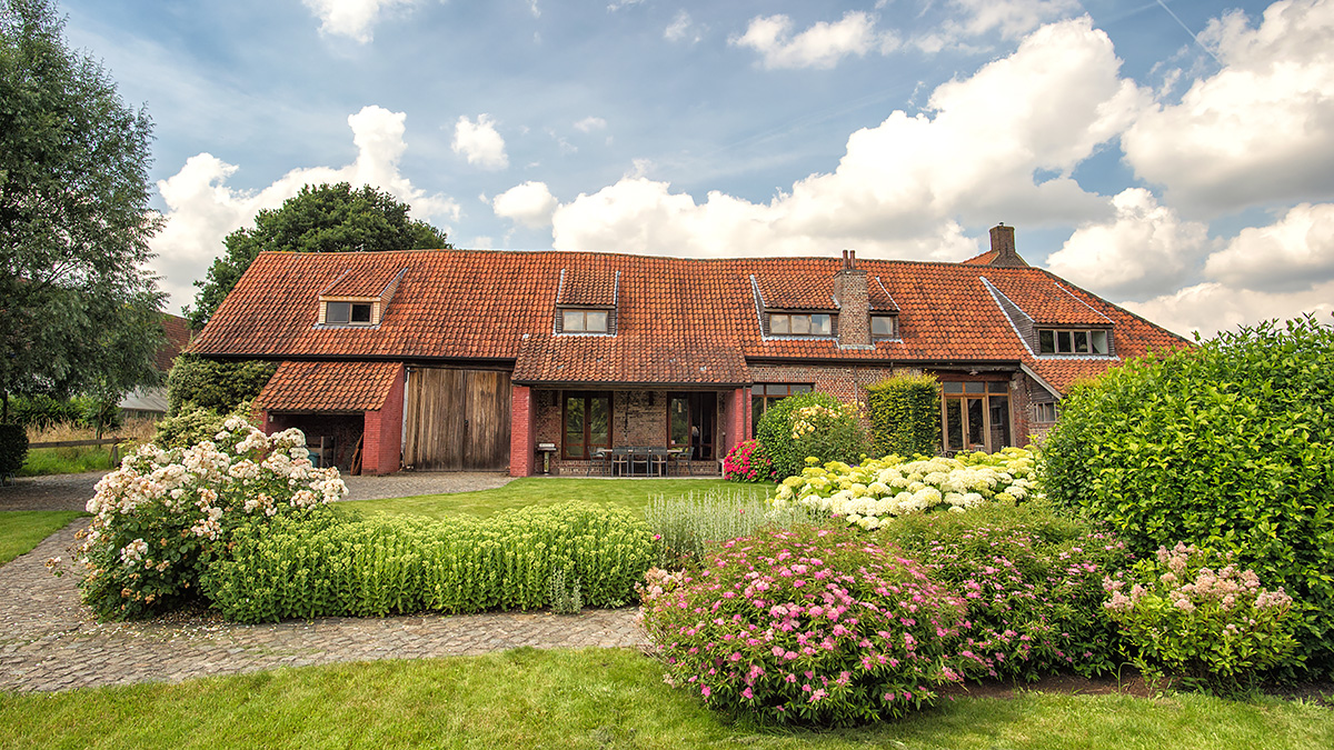 vakantiehuis met prachtige grote tuin en terras